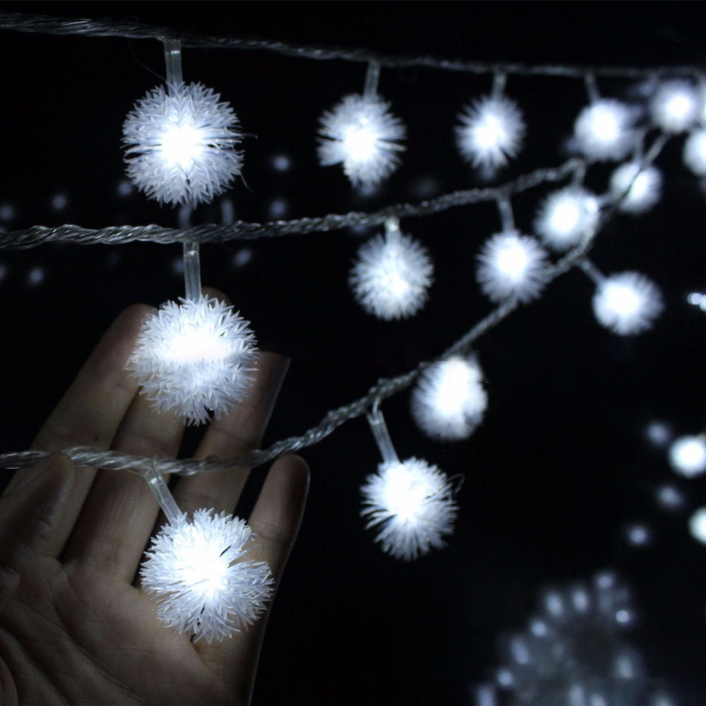 Luminaria 10 M 50LED Furry Ball String Lights Edelweiss Snowflake Odkryty Oświetlenie Wakacje Garland Wedding party Decoration