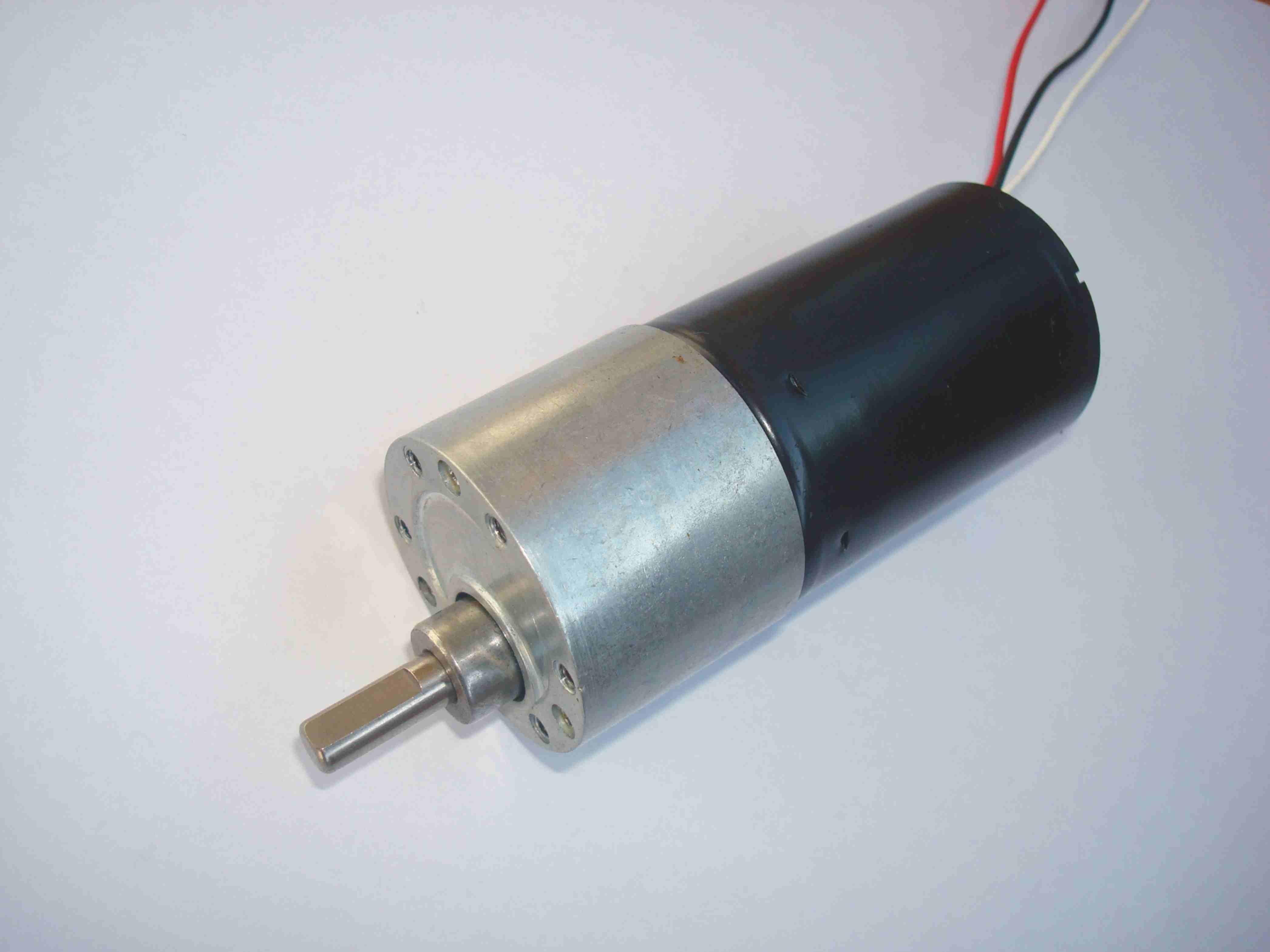 Fournir 37GB-3650 Micro moteur à engrenages sans balais à courant continu/moteurs à engrenages de haute qualité