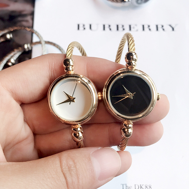 Fashion Retro Quartz Watch Women Dress Bracelet Watch Leisure Clock Lady Relogio Feminino Gift Erkek Kol Saati Bayan Kol Saati