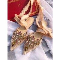 Женская обувь на плоской подошве с кристаллами и стразами, новинка 2019 года, балетки с дышащей сеткой, на шнуровке, с острым носком, женская об