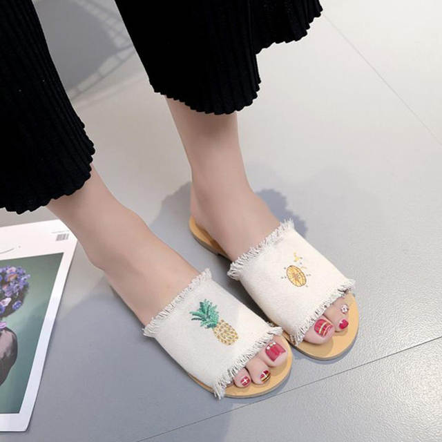 placeholder DreamShining Women Slipper For School Teenagers Girls Shoes  Pineapple Cute Slipper Canvas Printing Beach Sandals Shoes 5d0d9828dc0