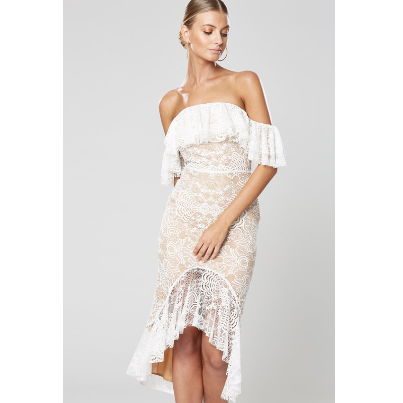 Women Summer Dress Beach Style White Color Lace Strapless Show Waist Line Elegant Romantic Style Dress Sexy Bodycon Vestido