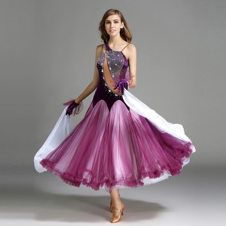Atractivo Vestido Grande Del Baile Embellecimiento - Ideas de ...