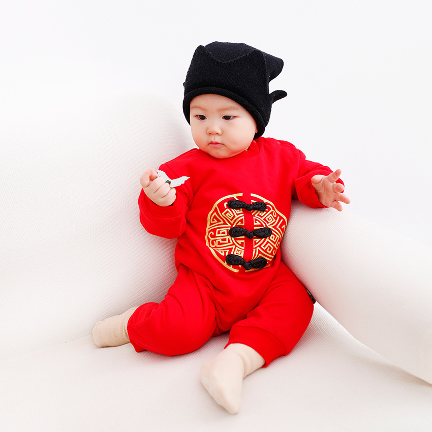 Winter Baby's New Year Clothing Thickened Chinese Knot Cartoon Embroidery Infant Jumpsuit Romper New Year Gift for Newborn a three dimensional embroidery of flowers trees and fruits chinese embroidery handmade art design book