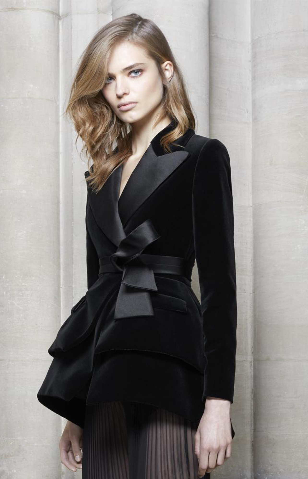 PADEGAO Fashion Velvet Women Suit Coat Graceful Slim Street Wear 2017 Black Elegant Female Clothing