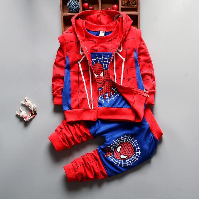 3 Pcs Crianças Conjuntos de Roupas 2016 Novo Outono Inverno Criança Crianças Meninos Roupas Com Capuz T-shirt Calças do Revestimento do Revestimento Do Homem Aranha