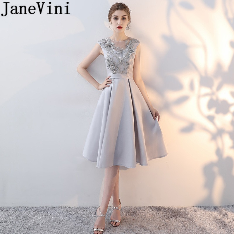 JaneVini Short Grey   Cocktail     Dresses   2019 Knee Length Lace Appliques Pearls Party   Dress   Elegant Lace-Up Back Women Formal Gowns