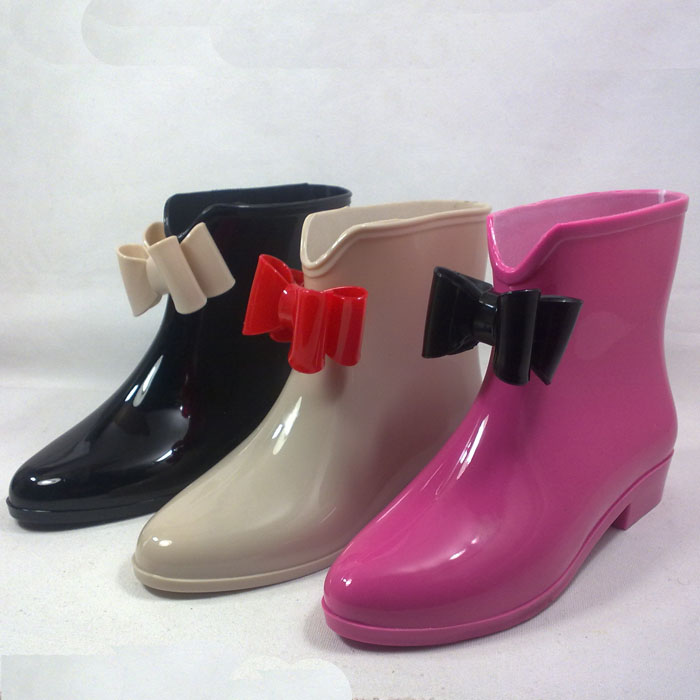 Womens Rubber Ankle Rain Boots - Cr Boot