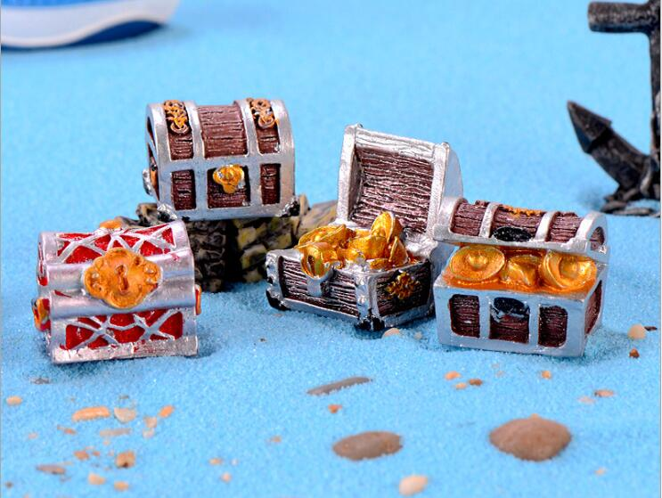 1pc Pirate Adventure Gold Treasure Chest Miniature Garden Ornaments Micro Landscape Decoration DIY Mini Fairy Tale World CJ295
