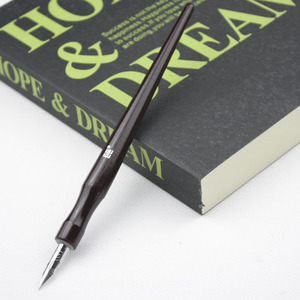 Image 4 - 5 Pieces / lot Manga Comic pen dip pen G pen set Anime Nib Tools Pro Drawing Art Supplies