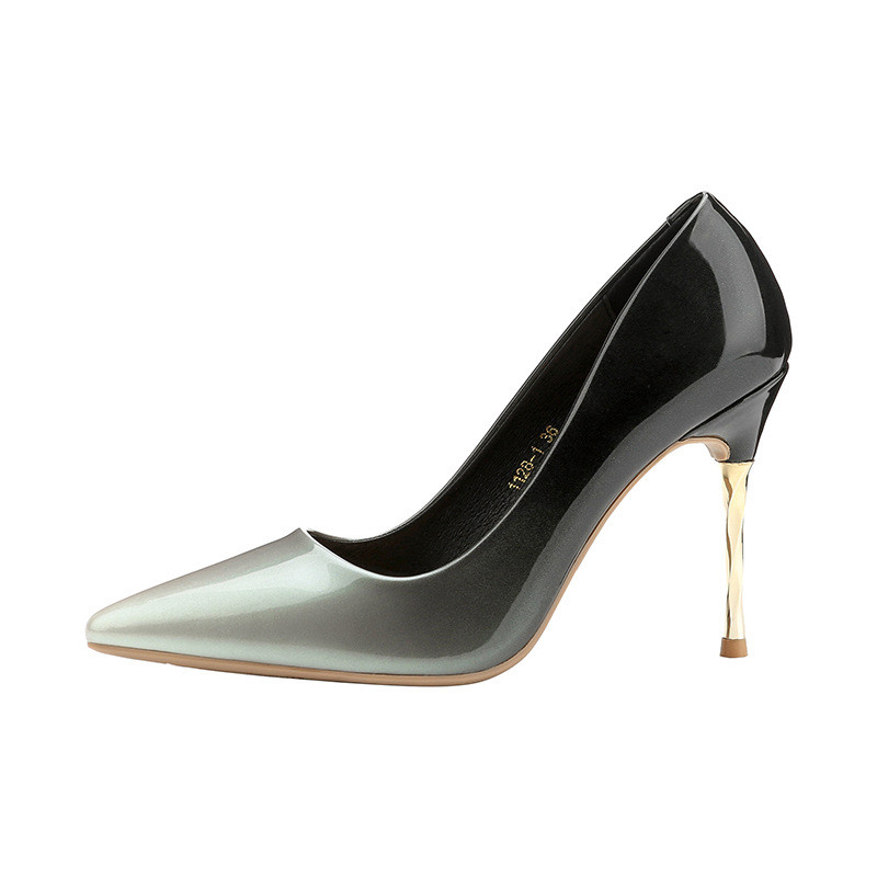 2019 spring and autumn Korean version of high-heeled stiletto gradient professional ol womens shoes silver 05102019 spring and autumn Korean version of high-heeled stiletto gradient professional ol womens shoes silver 0510