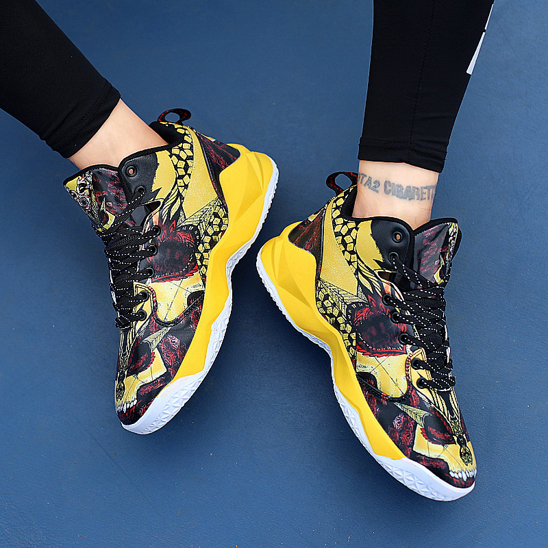 Boy Outdoor Shoes Red Basketball Sneakers Male Pu Leather Sneakers Men High Top Brand Gym Shoes Designer Basketball Shoes Sport 18