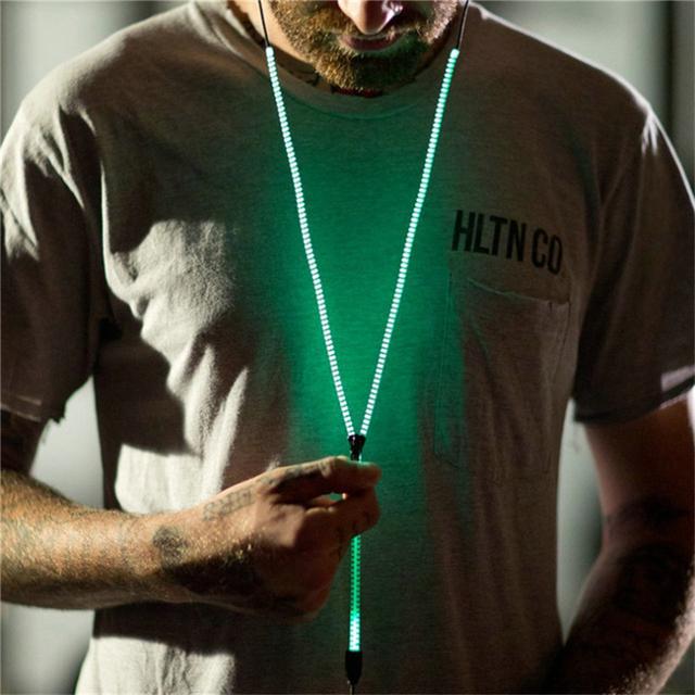 Hot Sale In-Ear Earphone Glowing Bass Metal Zipper Headset Luminous Light Earbuds Glow In The Dark Headphone For Smart phone MP3