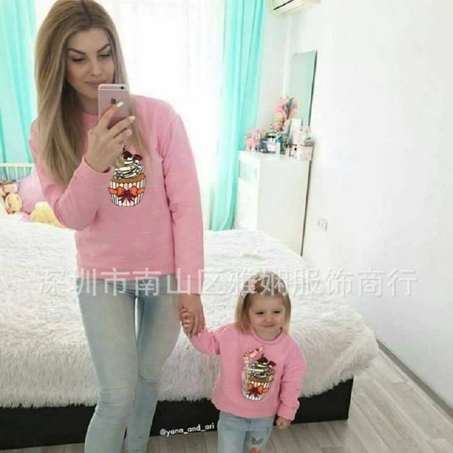 Mamá madre e hija ropa de invierno conjunto familiar