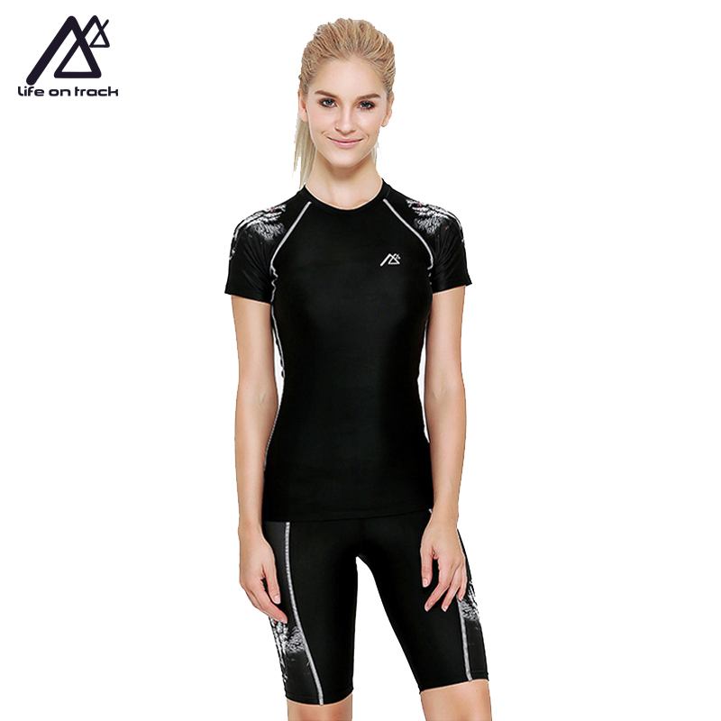 Life on Track Woman Yoga Sets Running Fitness Short Sleeve Fast Drying Two Pieces Indoor Sports Clothing Summer Tights Jerseys