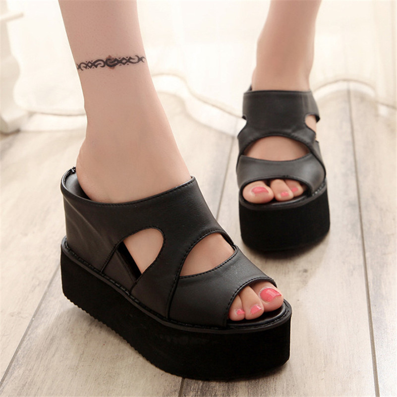 2017 Italian Brand Gladiator Women's Sandals Female fashion Peep Toe Ladies Flats Platform Slippers Wedges Casual Sandals Summer lanshulan wedges gladiator sandals 2017 summer peep toe platform slippers casual glitters shoes woman slip on flats creepers