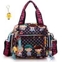 Nuevo + llavero de muñeco Harajuku bolso de nylon impermeable para mujer bolso de un hombro de dibujos animados bolsas de cuerpo cruzado bolsos de mano bolso de la madre