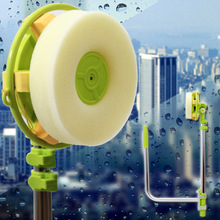 High-rise window cleaning brush