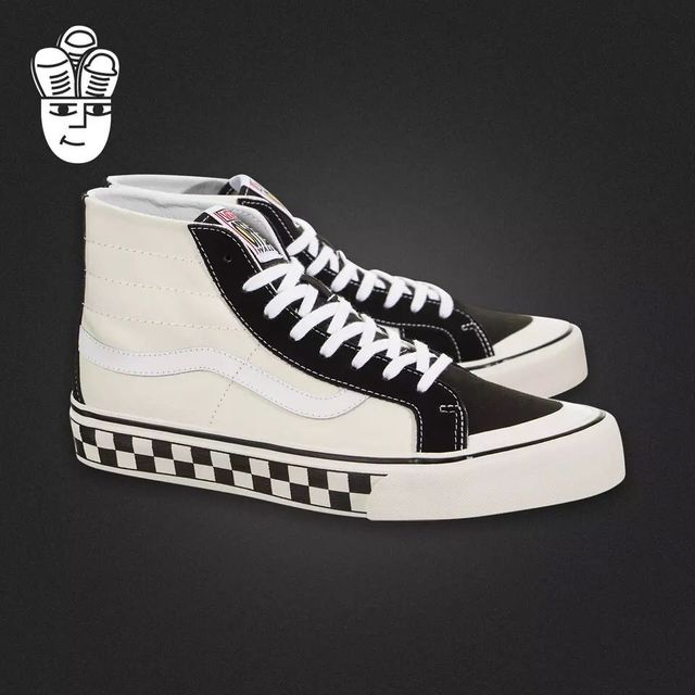 dc5fa3e048 2018 Vans Skateboarding Shoes SK8 HI DECON CHECKERBOARD High top black and  white grid stitching Weight lifting shoes Eur 36 44-in Weightlifting Shoes  from ...