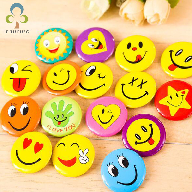 100% Quality 10 Pcs Smiling Face Badge 3cm Girl With Big Eyes And Chest Seal Childrens Badge Yellow Smiley Face Badge Goods Of Every Description Are Available Arts,crafts & Sewing Apparel Sewing & Fabric