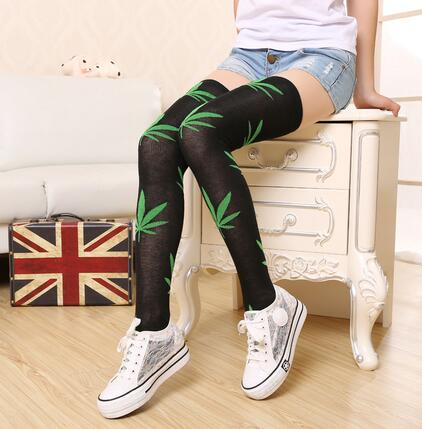100pairs/lot fedex fast free shipping korean style woman leaf over knee stocking casual long thigh high stocking free