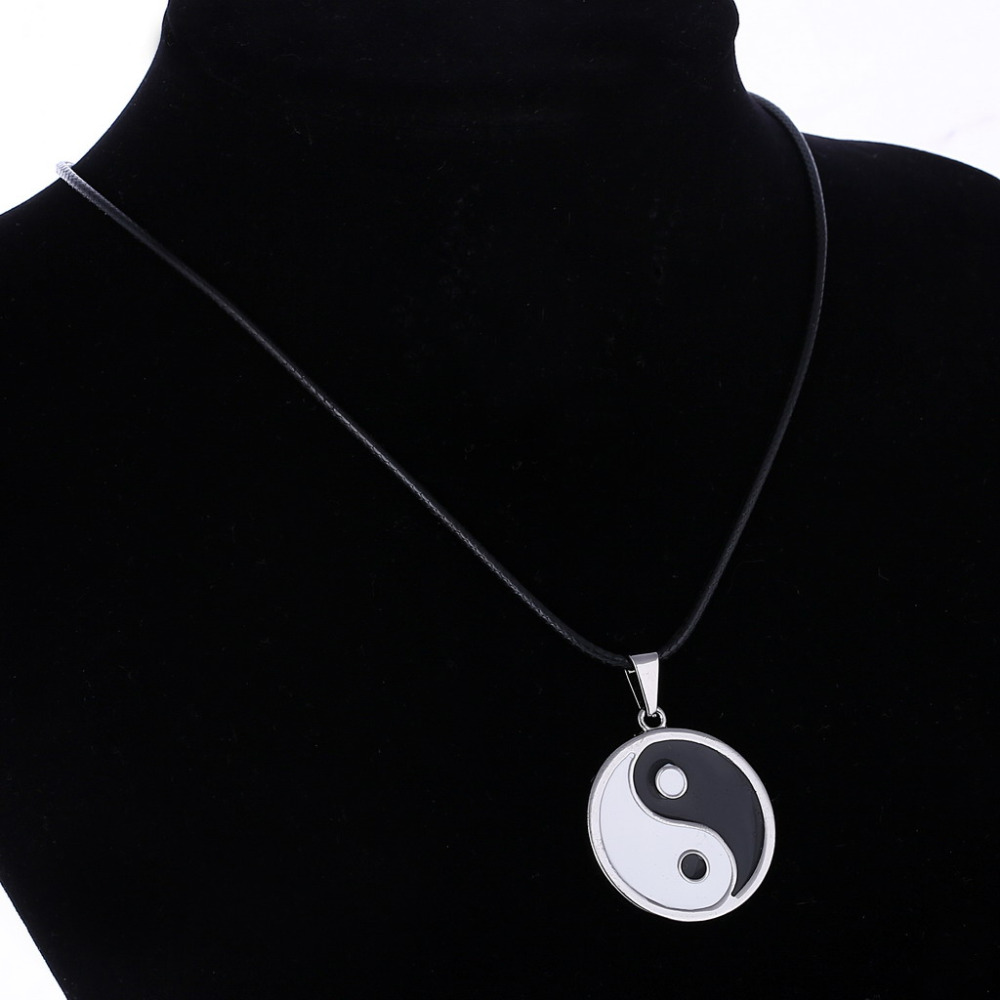 Simple Style Ying Yang Necklace 2