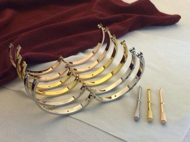 Hot 18 K plaqué or Fashion amour carter bracelets bangles L316 titane  couple bracelet avec un