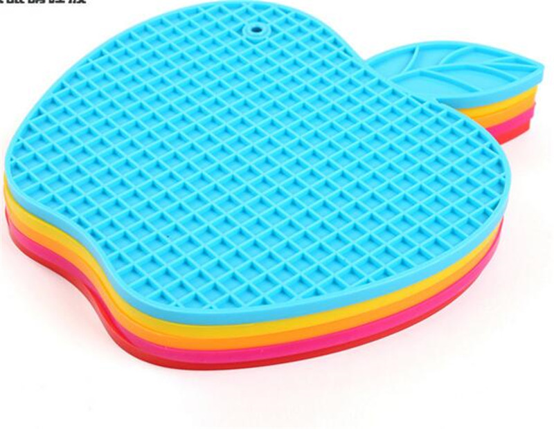 Silicone Kitchen Apple Silicone Childrens Table Pad Thermal Insulation Bowl Casserole Rug Stands Dining table insulation mat
