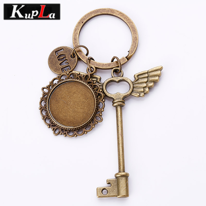 Vintage Wings Key Keychains 20mm Round Cabochon Setting Key Chains DIY Jewelry Handmade Retro Pendant Key Chains 3pcs/lot C5817