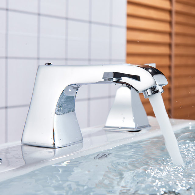 Bright Chrome Bathroom Faucet Widespread Double Handle Basin Mixer Faucet Deck Mounted Chrome Hot Cold Water Tap