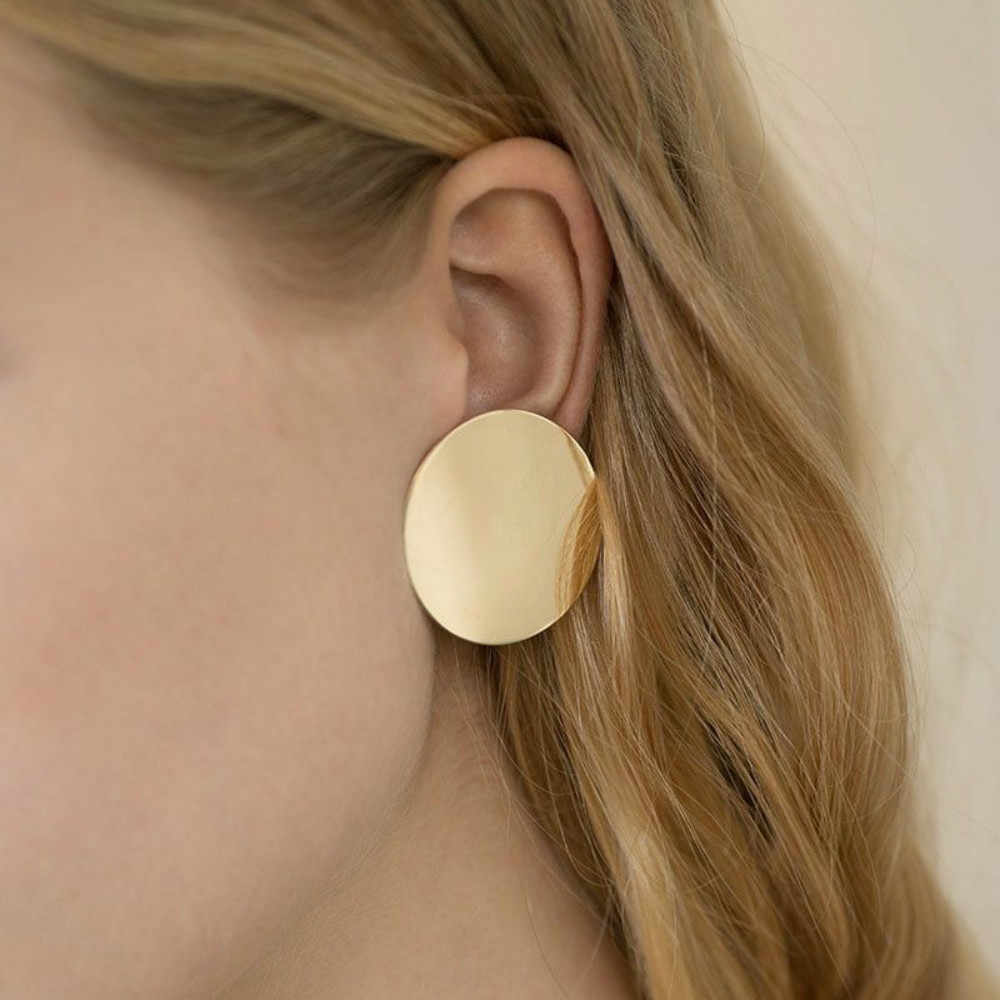 Europe and the United States popular simple and generous fashion has a personality women's glossy round disc earrings earrings e