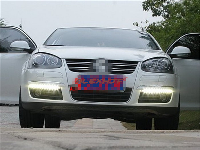 July King LED Daytime Running Lights DRL case for Volkswagen Jetta 2006~10, LED Front Bumper Light Yellow Turn Signals Light