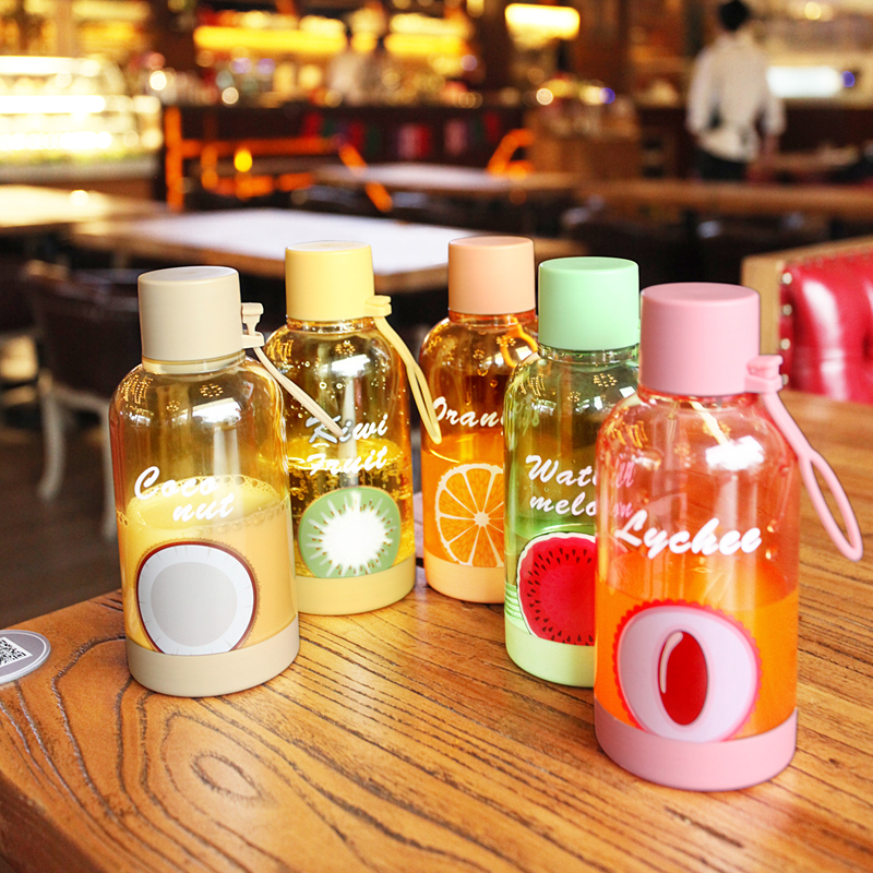 Summer High quality 350ml Fruit Printing Plastic Water Bottle Portable Simple Cute Outdoor Travel Sports Juice Tea Bottle Kettle