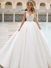 Loverxu סקסי ללא משענת אפליקציות Vintage שמלות כלה 2019 אלגנטי Sashes חרוזים מט סאטן משפט רכבת קו כלה שמלה