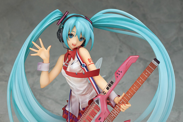 23cm Sing a song dancing guitar Hatsune Miku Anime Collectible Action Figure PVC toys for christmas gift with retail box