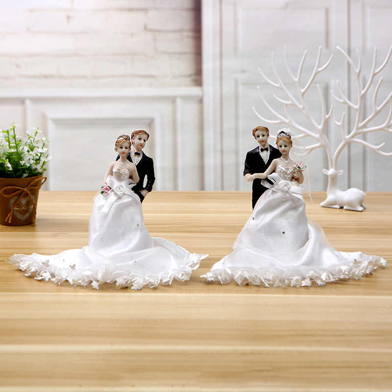 Dancing bride and groom Cake Topper Resin bride and groom wedding cake topper  Figurine  for Wedding Decor with free shipping