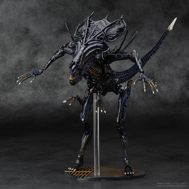 Sci-firecolteck alienígenas serie No. 018 reina Alien Xenomorph Warrior PVC figura de acción coleccionable modelo Toy Doll 32 cm KT464