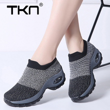 2019 Spring Women Sneakers Shoes Ladies Flat Platform Shoes Breathable Mesh Brand Sneakers Slip on Creepers Shoes Woman 1839 все цены