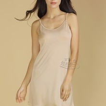 100% authentic mulberry silk base skirt Adjustable shoulder straps thin knitting condole silk petticoat have big yards