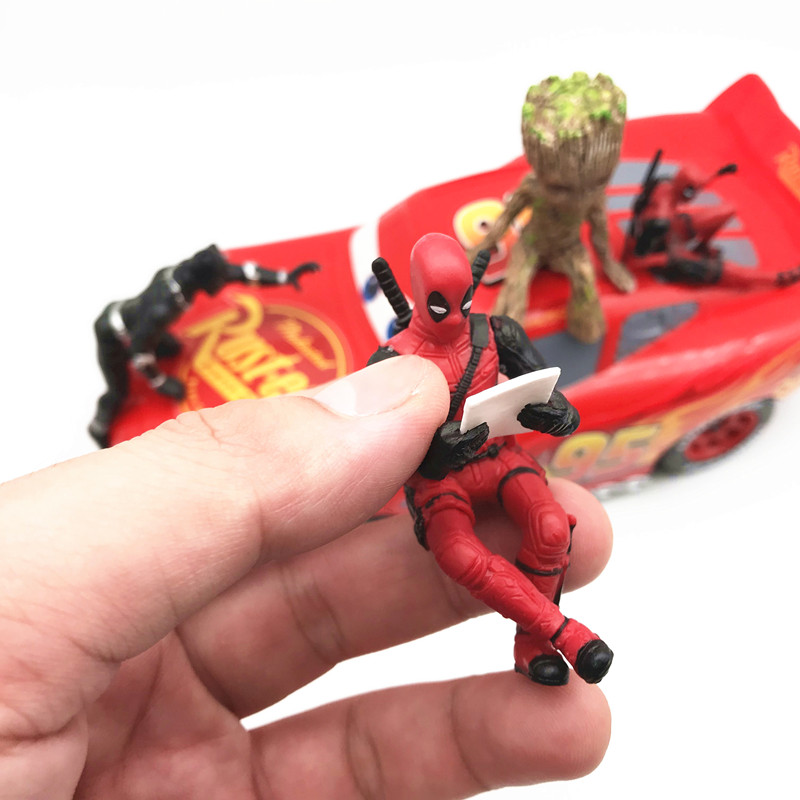 Deadpool Sitting Action Posture 4