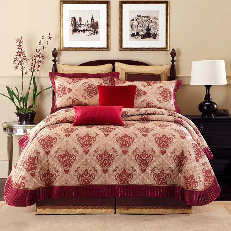 Grey Pink Red Bright Baroque Jacquard Premium Bedspread with Matching Pillow Shams King size Bedspread Coverlet