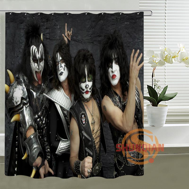 Kiss Band Hot Shower Tirai Kustom