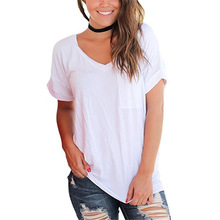 Spring Summer T-shirt New Women's Chest Pocket V-neck Short-sleeved Loose T-shirts Fashion Ladies Large Size Solid Color Tees цена 2017