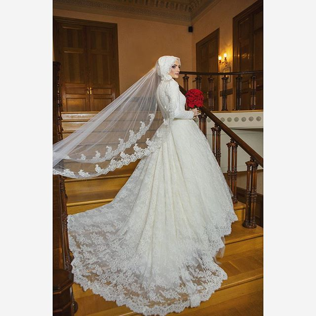 French Lace Long Sleeve Muslim Wedding Dress Gelinlik 2017 With font b Hijab b font Veil