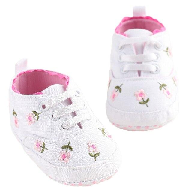 0-18 חודשים ראשון הליכונים לפעוטות קיד תינוקת פרחוני רקום רך נעלי ליילוד הליכה נעליים