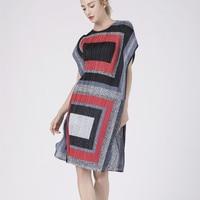 Fold Major Brand Digital Geometric Printing Loose Dress Short Fold Fashion Dress Free shipping