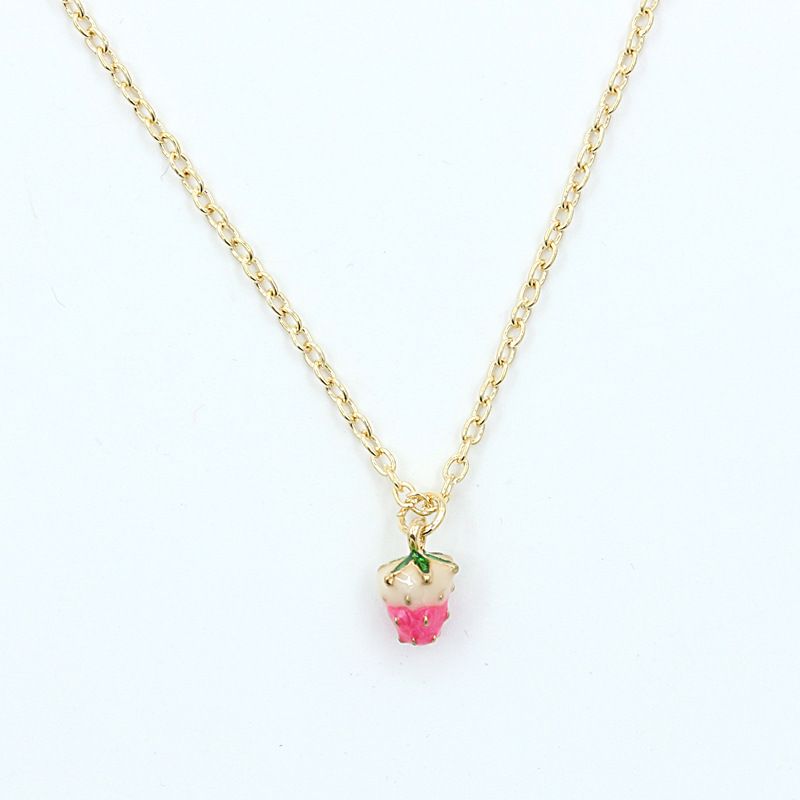 2018 New Fashion Choker Necklace Link Chain Strawberry Necklace Fruit Strawberry Pendant Necklaces For Women Party Gift золотые серьги по уху