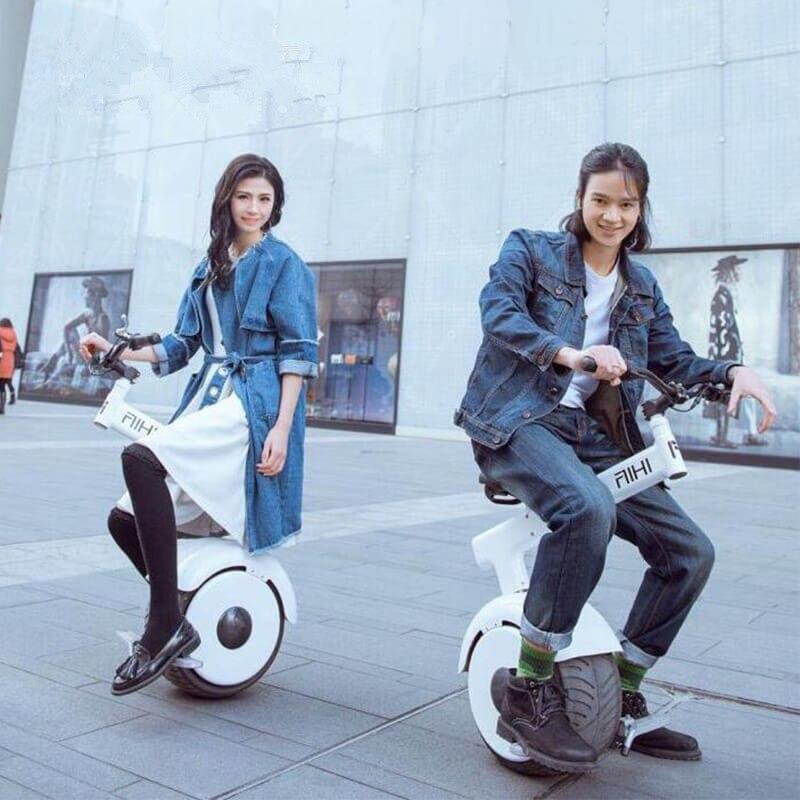 Jitter batterie voiture électrique unique roue balance voiture moto adulte unique roue équilibrage véhicule intelligent véhicule électrique