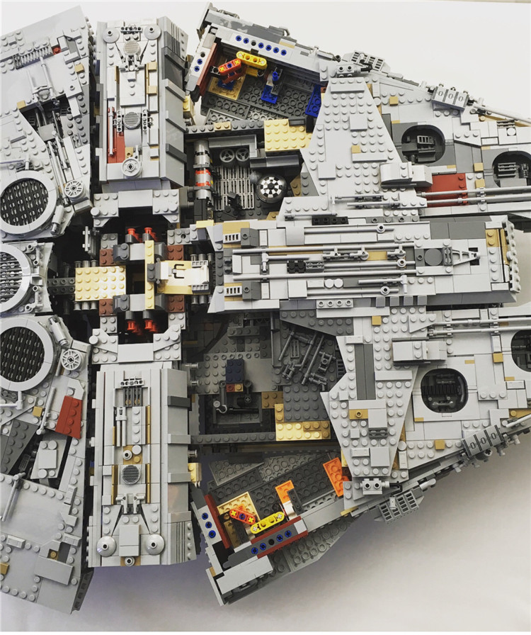 Millennium Falcon Lepin 8445pcs Compatible 75192 Star wars Series Ultimate Collectors Model Building Bricks Toys 18