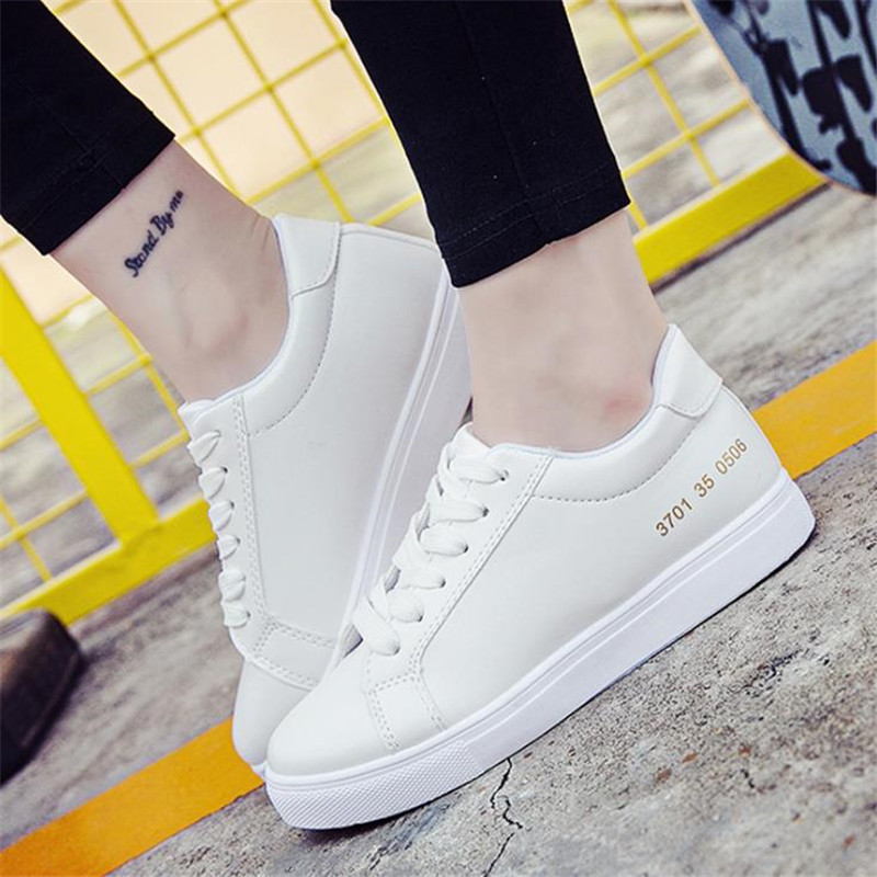 HOT 2017 Spring/Autumn women Small white shoes Lace-Up Round Toe sneakers fashion casual shoes woman white Plate shoes f247